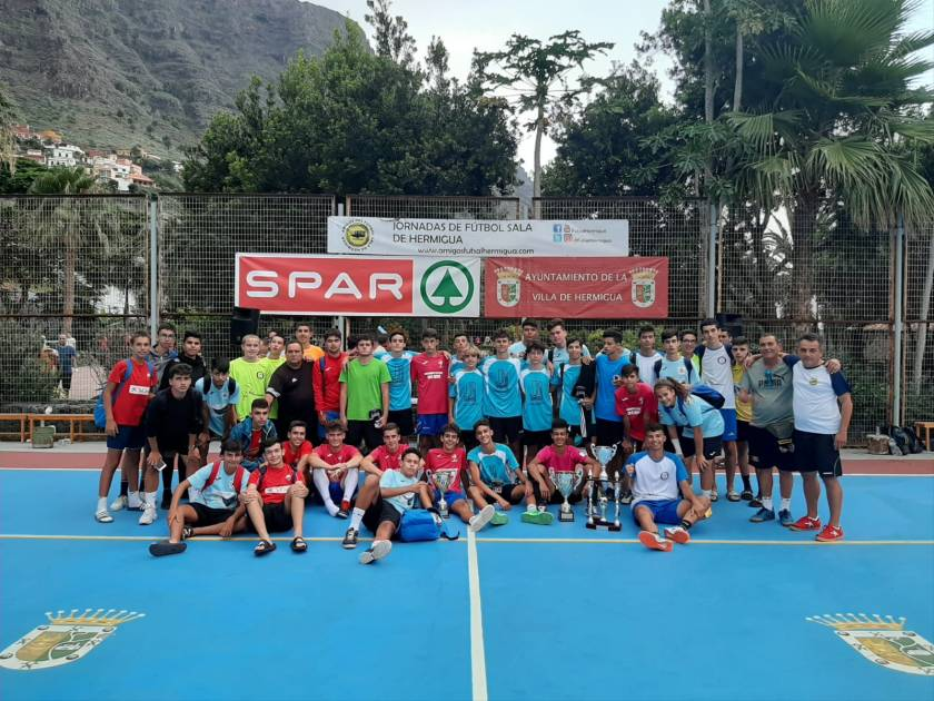 Torneo Cadete 2019 - Foto de familia al final del torneo